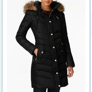 MK puffer coat!!💕.  Used once for a trip!